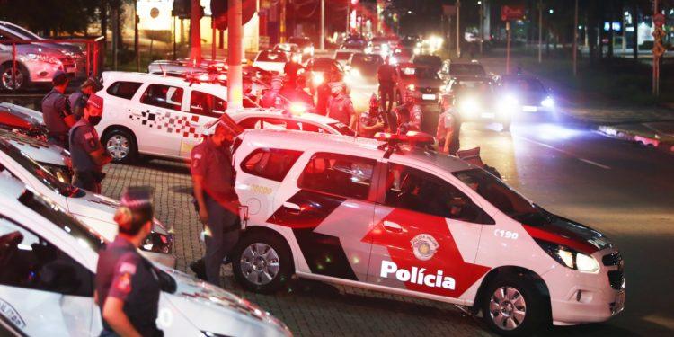 Ação da  PM em Campinas para inibir a circulação de pessoas. Cidadão poderá ser  levado para delegacia se desrespeitar Toque de Recolher- Foto Divulgação/PMC
