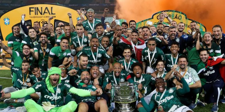 Jogadores do Palmeiras comemoram o título - Foto: Divulgação