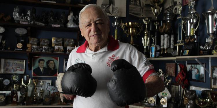 O campineiro Hugues Jorge, de 95 anos, fez história nos esportes de força e foi pioneiro em muitos deles. Fotos: Leandro Ferreira/Hora Campinas