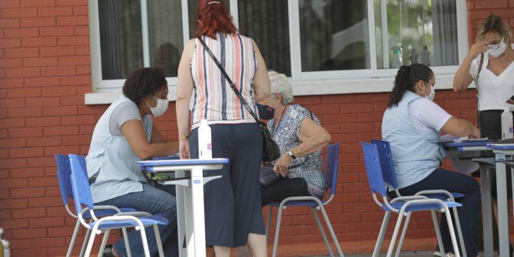 Vacinação em Campinas. Foto: Leandro Ferreira/Hora Campinas