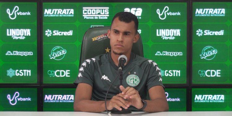 Romércio chegou ao Guarani em janeiro do ano passado e gostaria de continuar. Foto: Comunicação/Guarani FC.