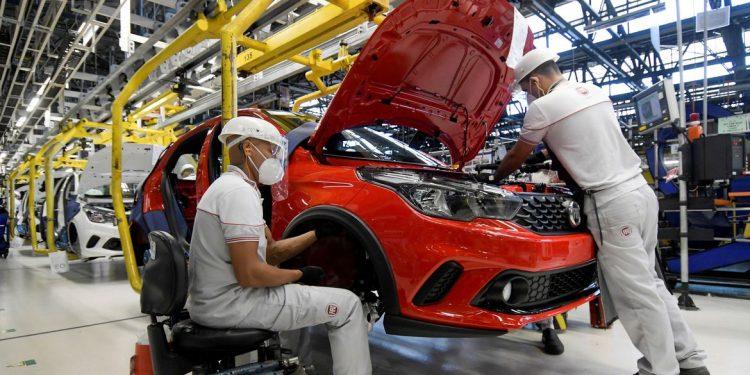 Sondagem aponta que no mês de março, 41% das empresas diminuíram a produção em relação ao mês de fevereiro. Foto: Arquivo