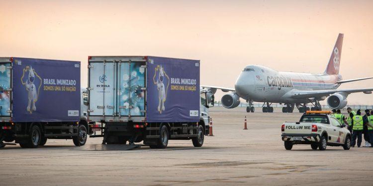 IFA procedente da China chegou ao Aeroporto Internacional do Rio de Janeiro (Tom Jobim/Galeão) às 6h22 deste domingo Foto: Marcos Correa/Divulgação