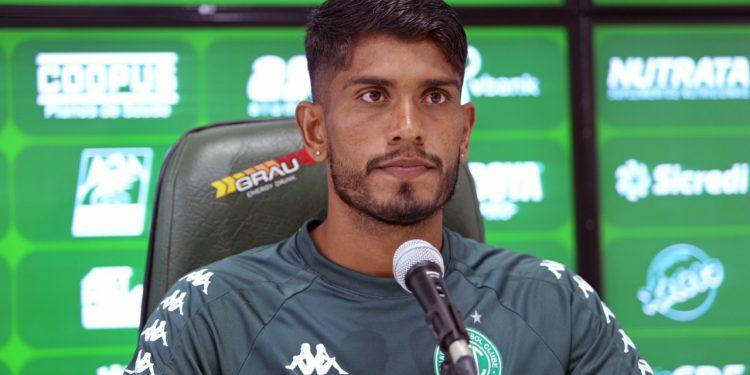 Índio disse que está à disposição para jogar no setor que for determinado pela comissão técnica. Foto: Thomaz Marostegan/Guarani FC
