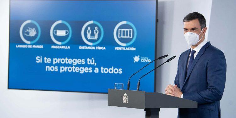 Primeiro-ministro Pedro Sánchez, da Espanha, em conferência onde anuncia o plano de vacinação no país Foto: Fotos Públicas