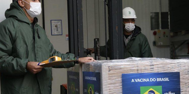 Até o próximo dia 30, o Butantan deve cumprir o contrato de entrega de 46 milhões de doses. Foto: Divulgação