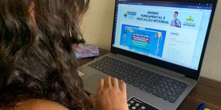 O ensino exclusivamente on-line continuará até 14 de junho em Hortolândia. Foto: Divulgação