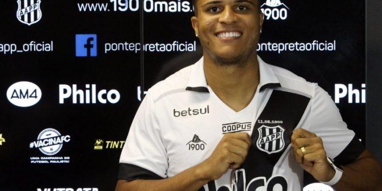 O jovem atacante João Victor é um dos reforços no time da Ponte Preta - Foto: Ponte Press/Diego Almeida