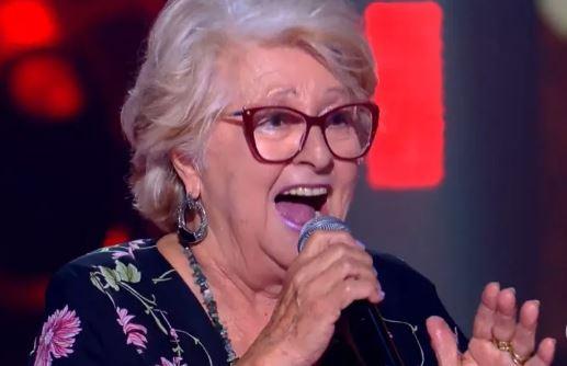 Catarina Neves durante apresentação no The Voice - Foto Divulgação Globo