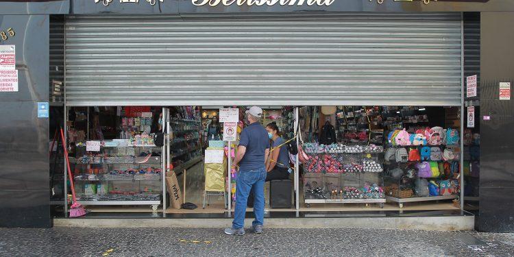 Comércio no Centro de Campinas poderá voltar a funcionar a partir deste domingo (18). Foto: Leandro Ferreira/Hora Campinas