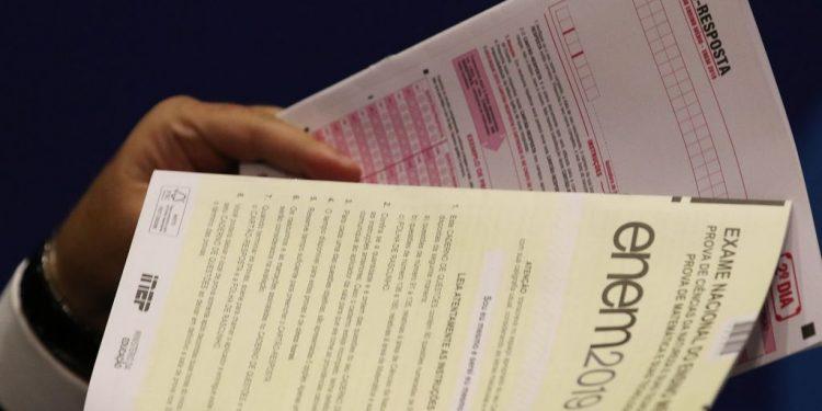 Provas do Enem: bom desempenho no exame é porta de entrada para a universidade - Foto: Fabio Rodrigues Pozzebom/Agência Brasil