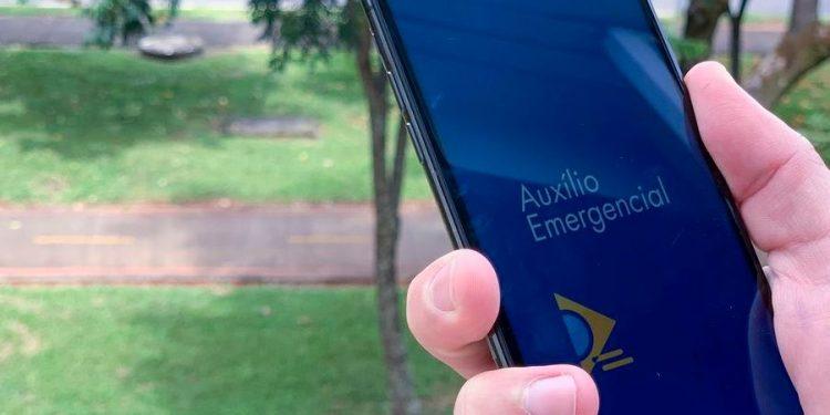 Hoje começam pagamentos do auxílio emergencial para os nascidos em junho - Foto: Leonardo Sá/Agência Brasil