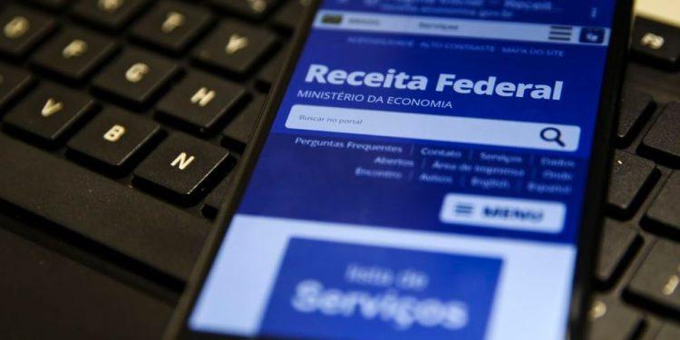 Receita adia o prazo para entrega da declaração de Imposto de Renda - Foto: Marcello Casal Jr./ Agência Brasil
