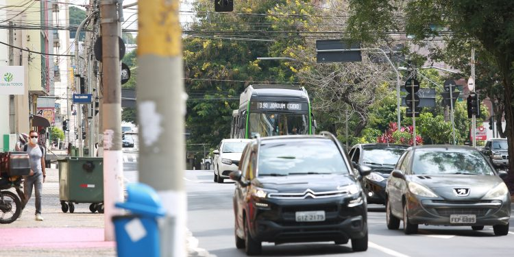Trânsito no Centro de Campinas: novas regras em vigor Foto: Leandro Ferreira/Hora Campinas