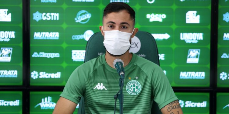 Bruno Sávio deu entrevista e comemorou sua permanência no Guarani - Foto: Thomaz Marostegan/Guarani FC