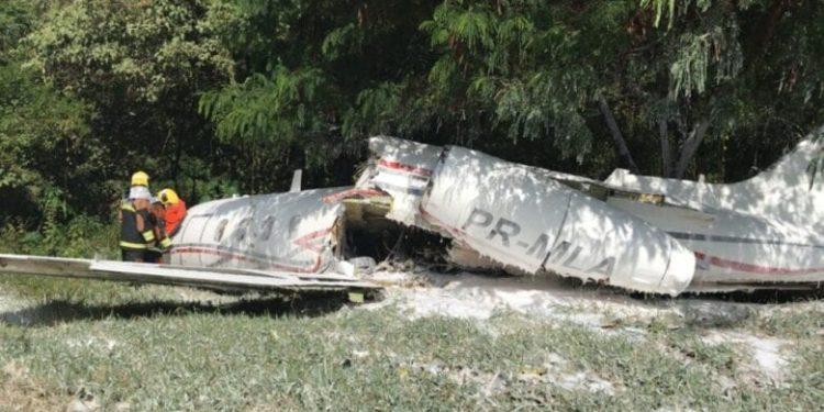 Segundo testemunhas, um problema no trem de pouso pode ter provocado o acidente. Foto: Divulgação