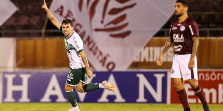 Andrigo comemora o gol de empate em cima da Ferroviária. Thomaz Marostegan/Guarani FC