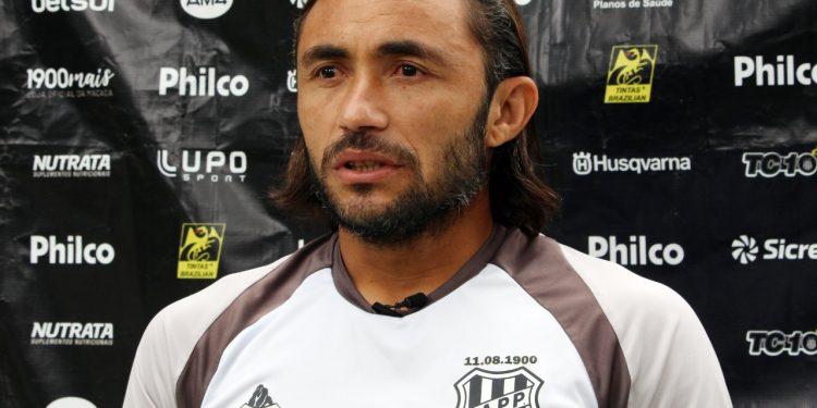 Apodi foi um dos 18 jogadores da Ponte infectados pela Covid-19. Foto: Ponte Press/Diego Almeida