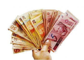 A fórmula de reajuste do salário mínimo, que atualmente é de R$ 1.100, será modificada. Foto: Pixabay/Divulgação