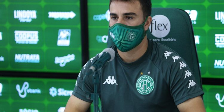 Andrigo minimizou a dificuldade do Bugre de conseguir um camisa 9. Thomaz Marostegan/Guarani FC