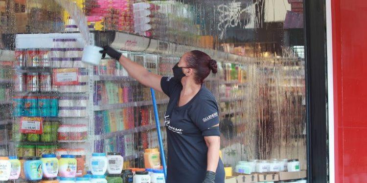 Chamou atenção o grande número de vagas abertas no setor de serviços. Foto: Leandro Ferreira/Hora Campinas
