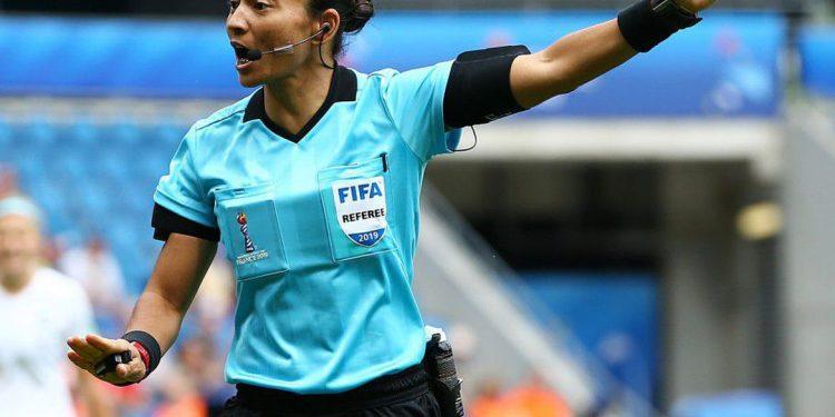 Edina Alves já atuou na Série A do Campeonato Brasileiro Masculino e em uma semifinal da Copa do Mundo Feminina (2019). Foto: Fifa/Divulgação