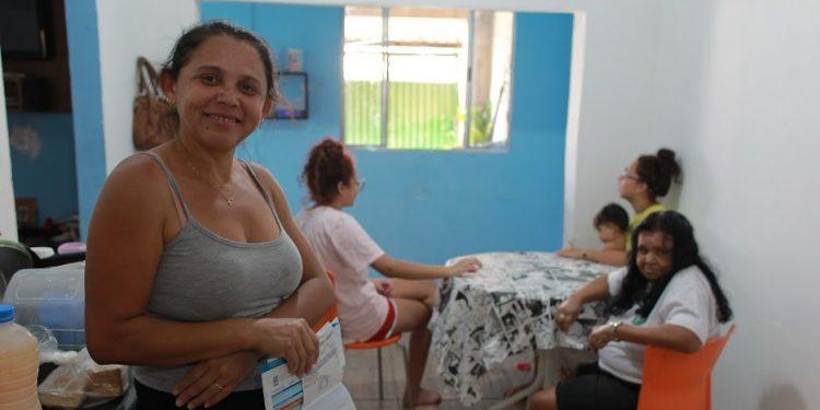 Maria do Carmo Mendes da Silva, de 38 anos, está preocupada porque receberá a última parcela do auxílio desemprego. Foto: Leandro Ferreira/Hora Campinas