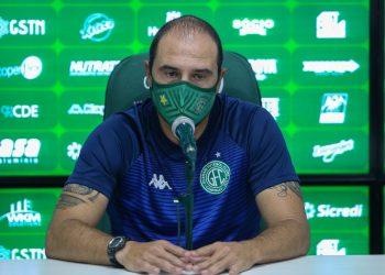 O técnico do Guarani,  Allan Aal, avalia que time se abateu muito depois da anulação do gol de Davó. Foto: Thomaz Marostegan\ GFC
