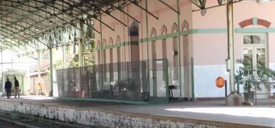 No passeio, o visitante conhece estações e instalações do período inicial da história da ferrovia no Brasil. Foto: Divulgação
