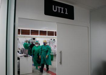 Fila de espera por leito de UTI continua alta em Campinas. Foto: Leandro Ferreira \ Hora Campinas