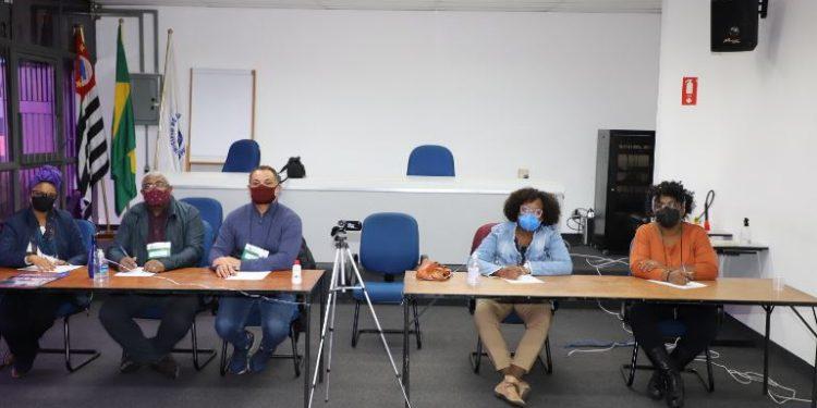 Comissão que realizou o o processo de heteroidentificação das pessoas autodeclaradas pretas ou pardas no concurso público - Foto: Divulgação/PMC
