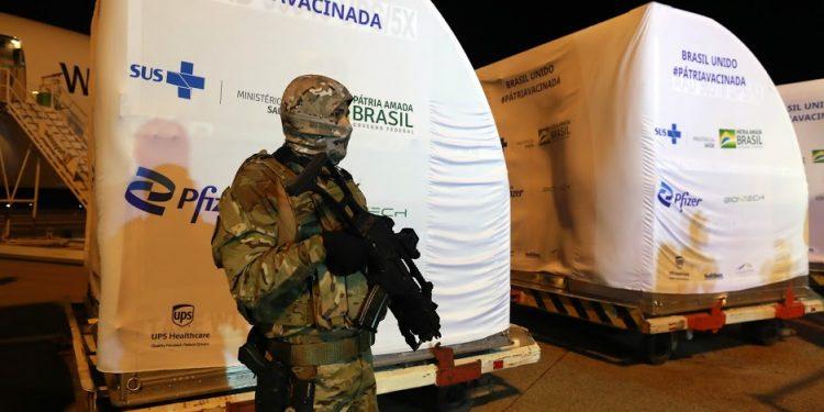 Viracopos já havia recebido outro carregamento de vacinas da Pfizer no final de abril. Foto: Leandro Ferreira/Hora Campinas