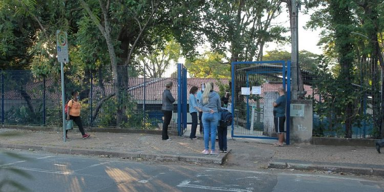 Escolas municipais de Campinas (SP) retornaram às aulas presenciais dia 26 de abril. Foto: Leandro Ferreira/Hora Campinas