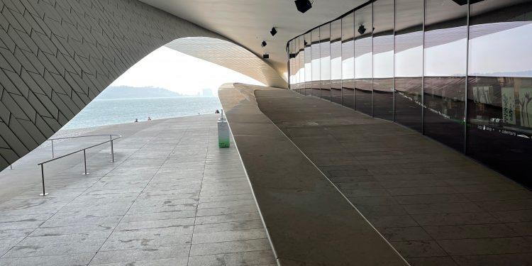 O museu fica às margens do icônico Rio Tejo: MATT começou a ser pensada há pouco mais de 20 anos, mas teve sempre em seu horizonte retratar a contemporaneidade de hoje e de outrora Fotos: Divulgação