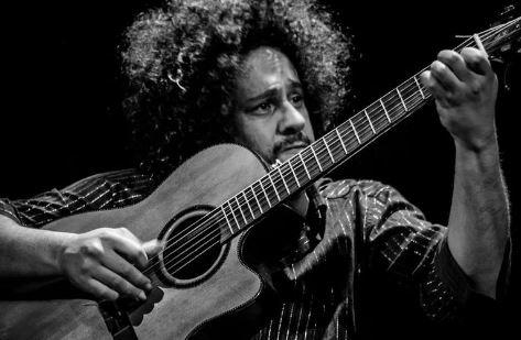 O músico Diego Figueiredo, que participa da Live do Bem - Foto: Reprodução Facebook