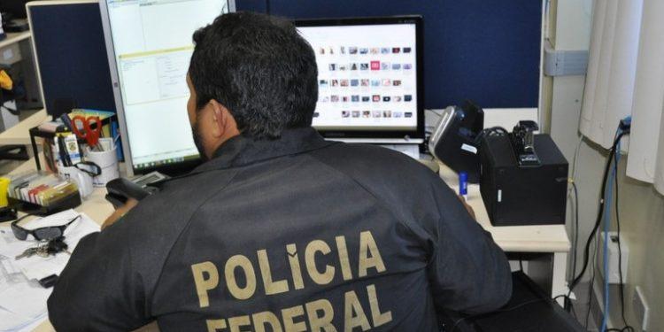 Polícia Federal: morador da cidade foi preso com imagens pornográficas de crianças e adolescentes - Foto: Divulgação