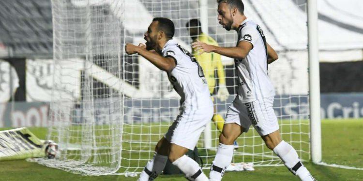 O atacante Moisés participou de 11 dos 16 gols da Ponte Preta na temporada. Foto: Ponte Press/Álvaro Jr.