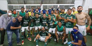 Time comemora classificação - Foto: Thomaz Marostegan/Guarani FC