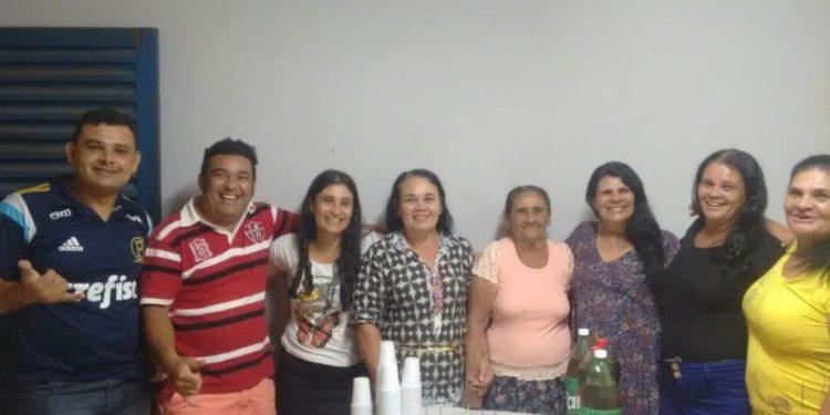 Os sete irmãos de Severina aparecem na foto da família que ela reencontrou. Foto: Arquivo Pessoal