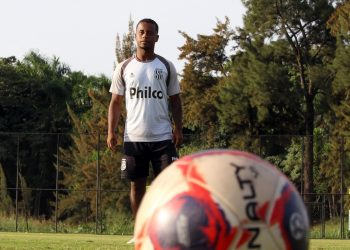 Contratado em fevereiro, Bruno Michel disputou 11 partidas,todas saindo do banco de reservas. Foto: Ponte Press/Diego Almeida