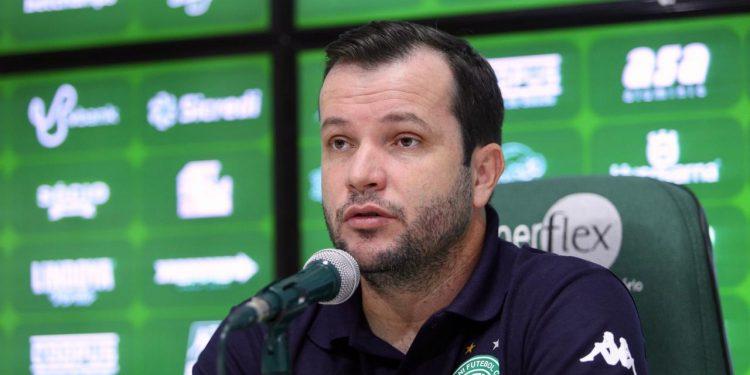 O técnico Daniel Paulista fez uma análise positiva de sua estreia à frente do Guarani. Foto: Thomaz Marostegan/Guarani FC