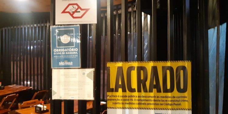 A ação de fiscalização percorreu 60 bares em diversos bairros e mobilizou 60 profissionais. Foto: Divulgação