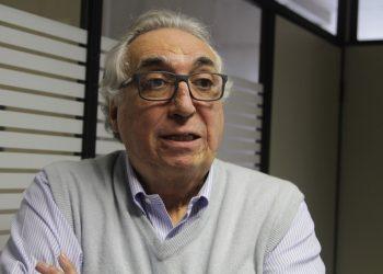 Carmino de Souza, ex-secretário estadual e municipal de Saúde, é professor da Unicamp; compromisso com a ciência e com o interesse público. Foto: Divulgação