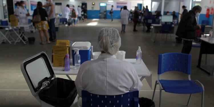 Vacinação em Campinas: órgãos de defesa dos interesses coletivos buscam se certificar de que volta à escola está sendo segura Foto: Leandro Ferreira/Hora Campinas