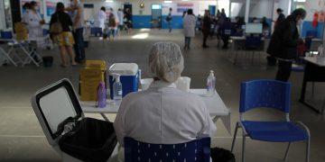 Posto de vacinação contra a Cobid-19, em Campinas: balanço do TCE. Foto: Leandro Ferreira \ Hora Campinas