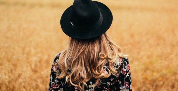 Segundo a Sociedade Brasileira de Dermatologia (SBD), o cabelo costuma voltar a crescer após queda gerada pela Covid-19