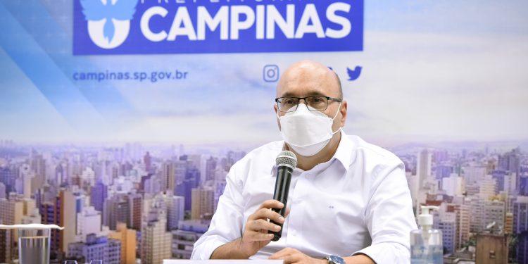"""O prefeito de Campinas, Dário Saadi. """"Parente e amigo também transmite covid"""", alerta. Foto: Divulgação \PMC"""
