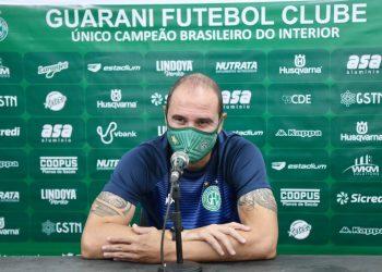 O técnico Allan Aal, que deixou o Guarani na última terça-feira. Foto: Thomaz Marostegan/Guarani FC