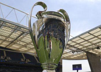 A taça mais cobiçada pelos clubes da Europa ficará com uma equipe inglesa neste sábado. Foto: Divulgação