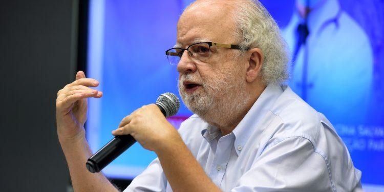 O secretário de Educação, José Tadeu Jorge: volta às aulas e a covid. Foto: Divulgação